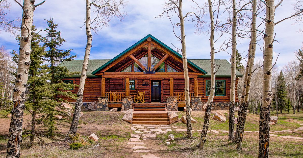 Small Log Cabin Kit Homes Small Log Cabin Floor Plans: Log Cabin Kits Let You Build Your Dream Mountain Retreat