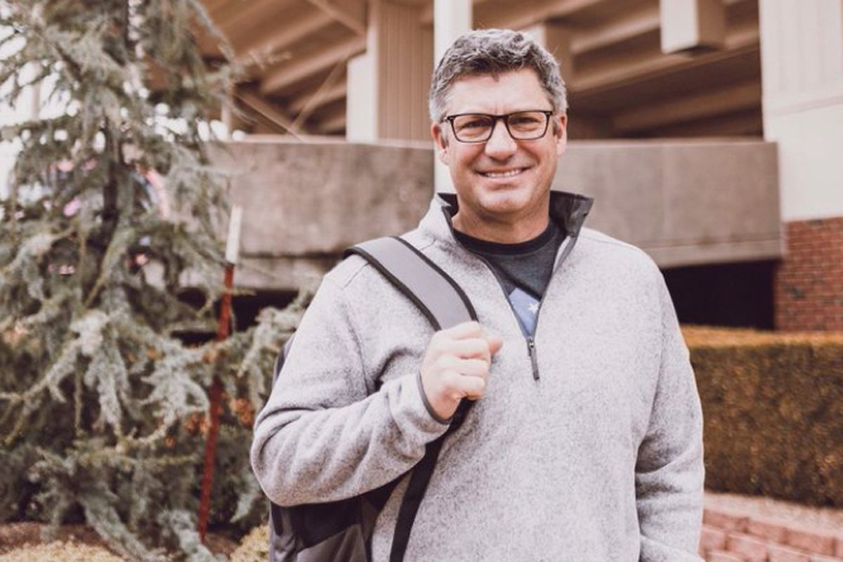 Former White Sox manager Robin Ventura has returned to Oklahoma State to finish his degree and serve as a student assistant for the baseball program.