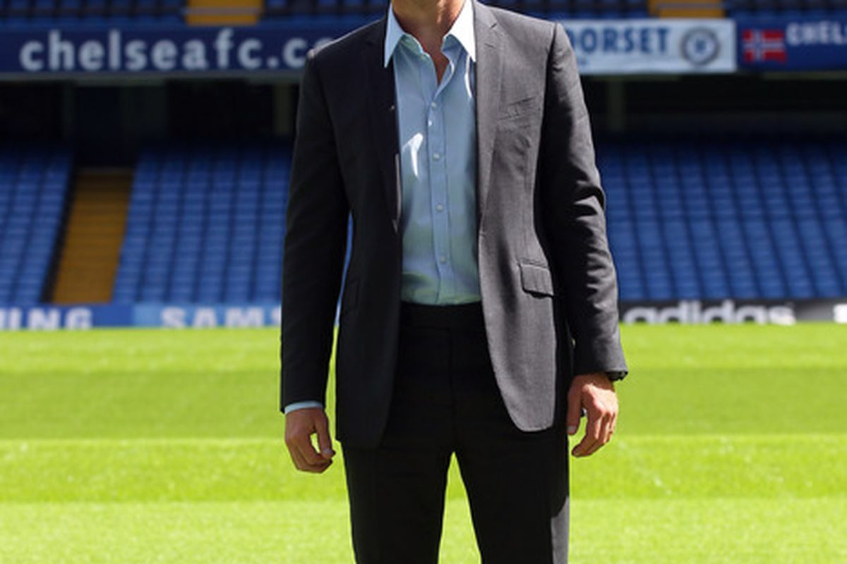 LONDON, ENGLAND - JUNE 29:  Andre Villas-Boas poses during a photocall after being unveiled as the new Chelsea Manager during a press conference at Stamford Bridge on June 29, 2011 in London, England.  (Photo by Clive Rose/Getty Images)