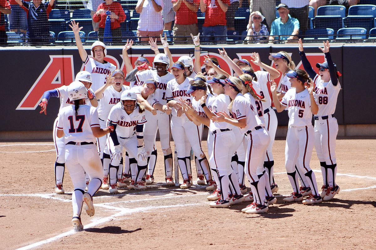 Arizona softball routs Stanford to complete sweep, extend winning streak to 20