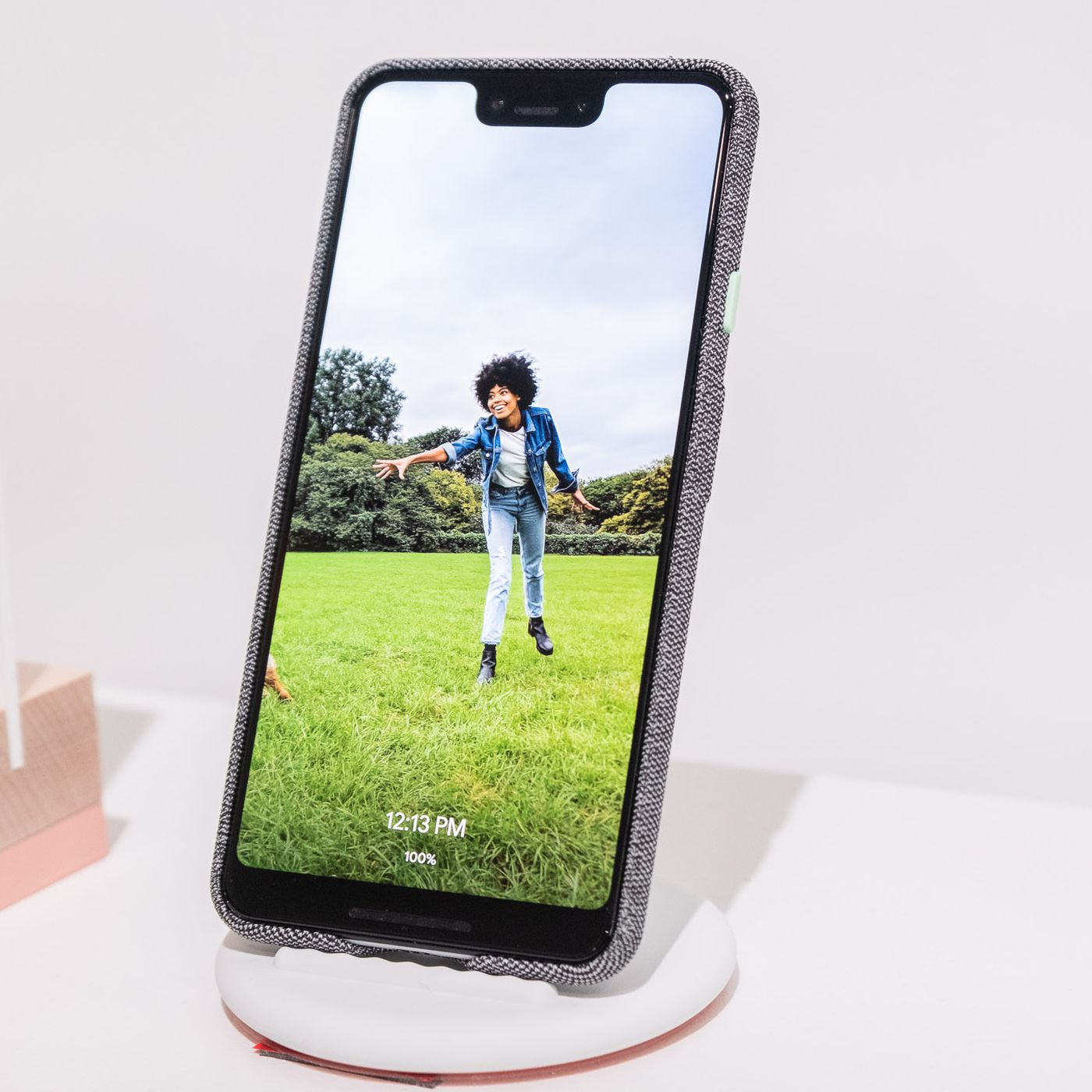 The Pixel 3 only does fast wireless charging on Google