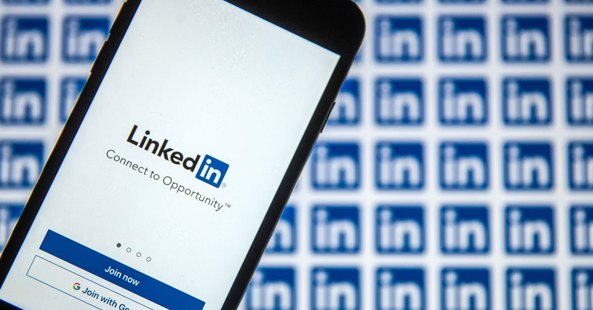 Microsoft to 'sunset' LinkedIn for China, and replace it with an app lacking social media features