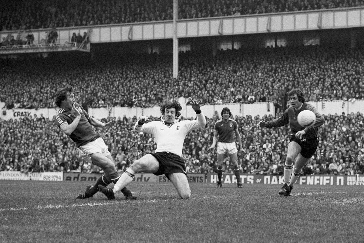 Soccer - League Division Two - Tottenham Hotspur v Sunderland - White Hart Lane