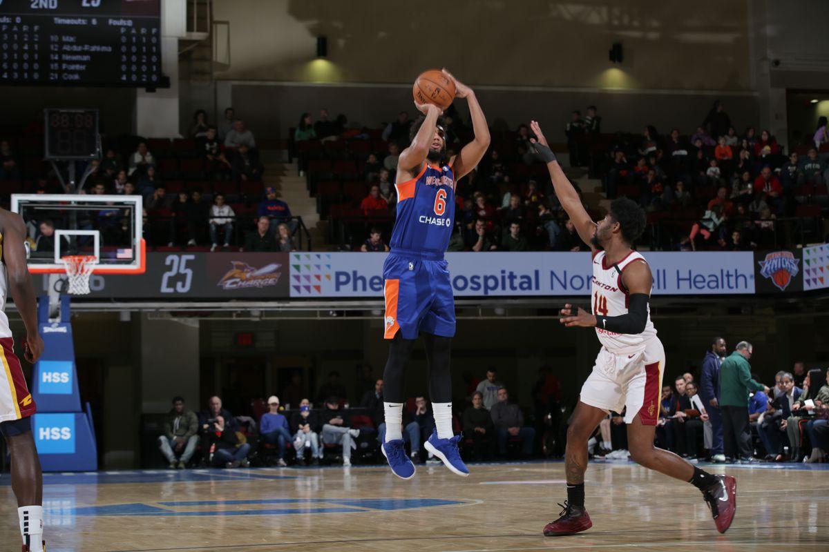 Charge vs Knicks