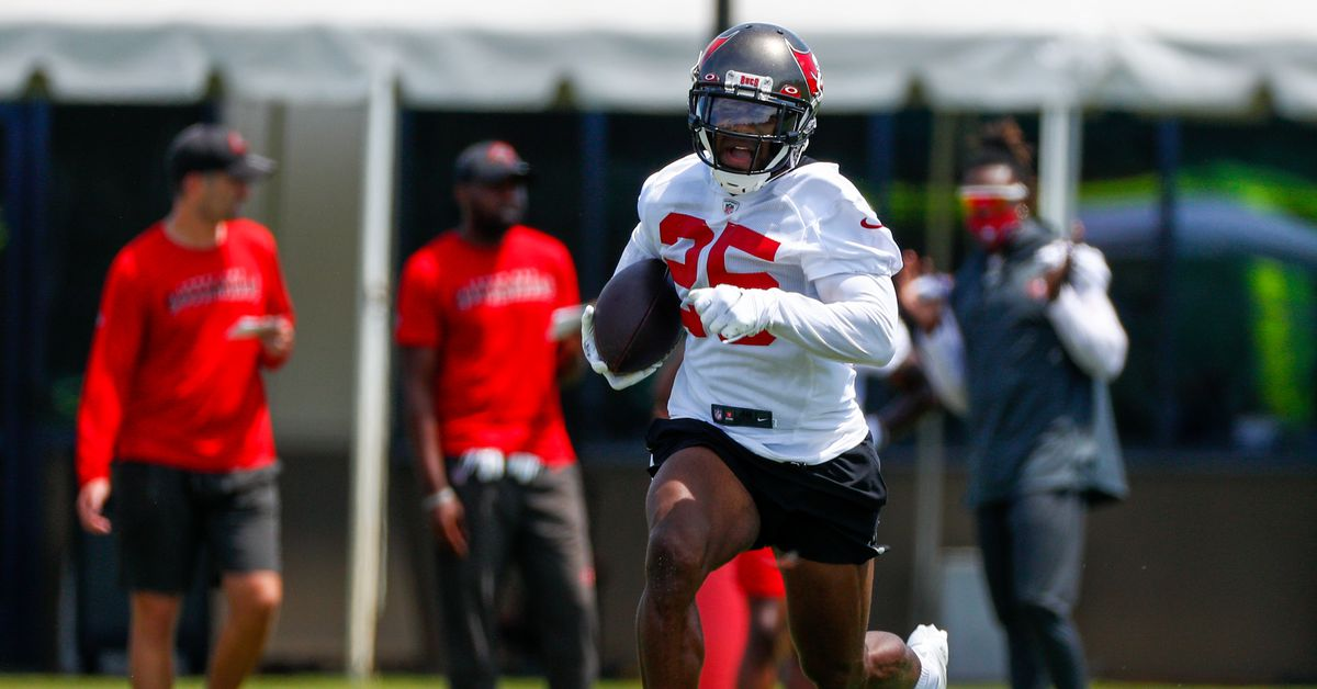 Giovani Bernard taking on a rookie mindset with Tampa Bay in 2021