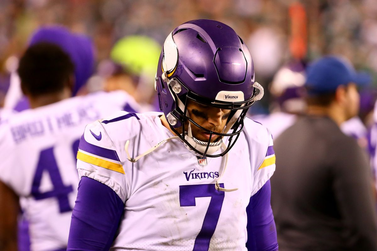 online retailer 65b59 21d2a Why Minnesota Vikings Fans Should Cheer on the Minnesota ...