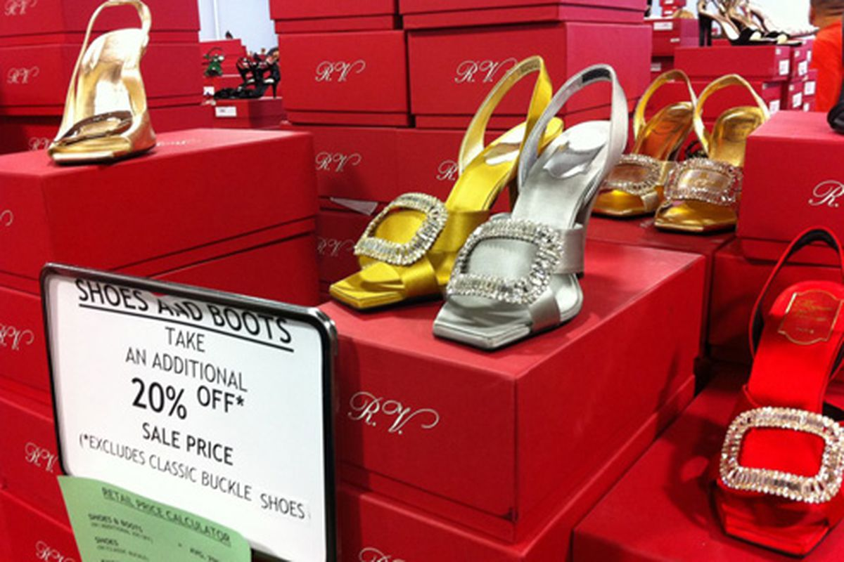 """Image via <a href=""""http://thejetshopper.com/2011/12/14/top-5-tips-for-navigating-the-roger-vivier-sample-sale-review-with-photos/"""">The JetShopper</a>"""