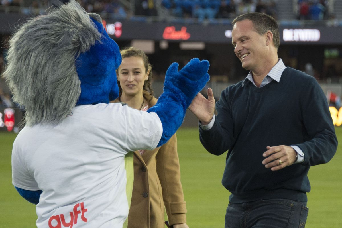 Q of a Qind: Newly ripped Q congratulates proud 6x papa & Clash legend Eric Wynalda after he recreated his 1996 SJvDC winning goal--while wearing loafers--before SJvDC April 2, 2016.