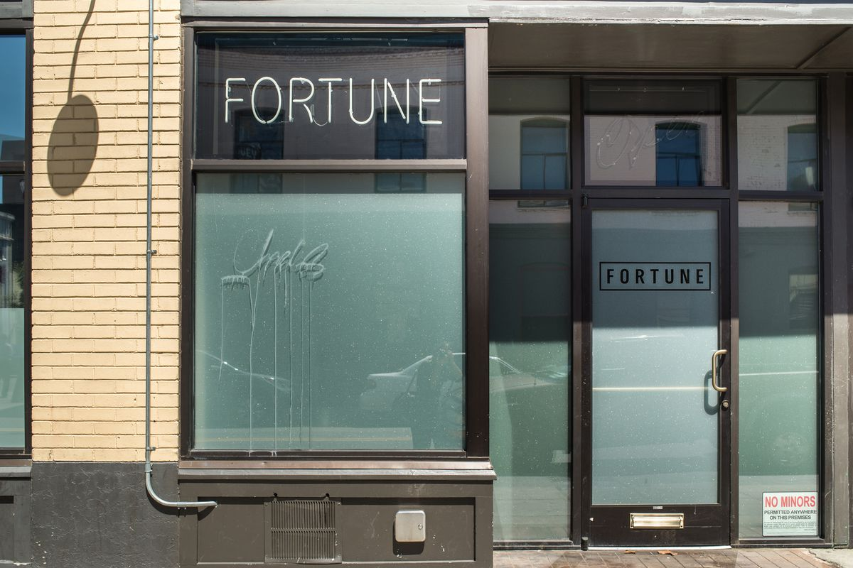 Hung Far Low Is Trying To Evict The Hip Bar Fortune In Chinatown