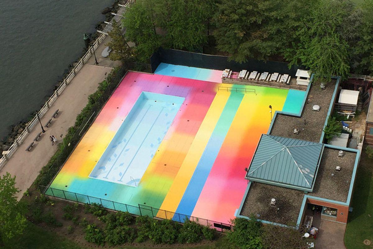 Roosevelt Island Pool Manhattan Park