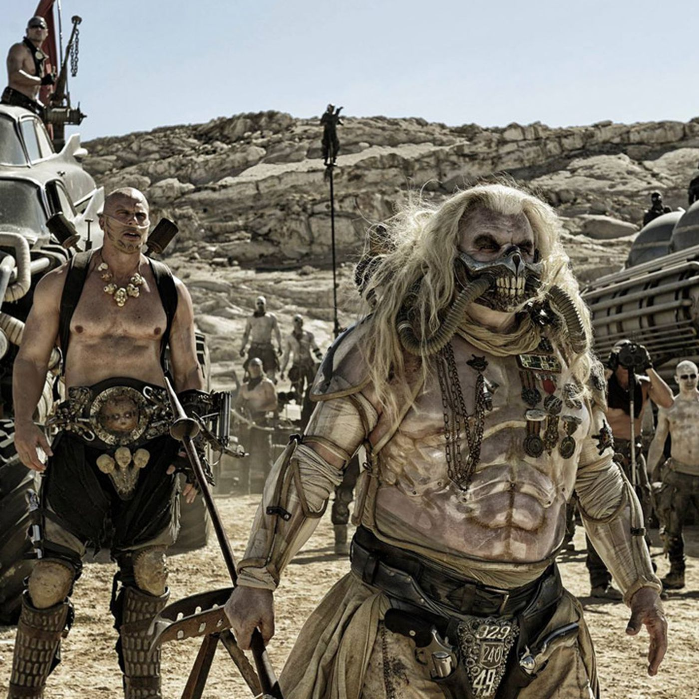 new mad max fury road trailer delivers even more explosive action