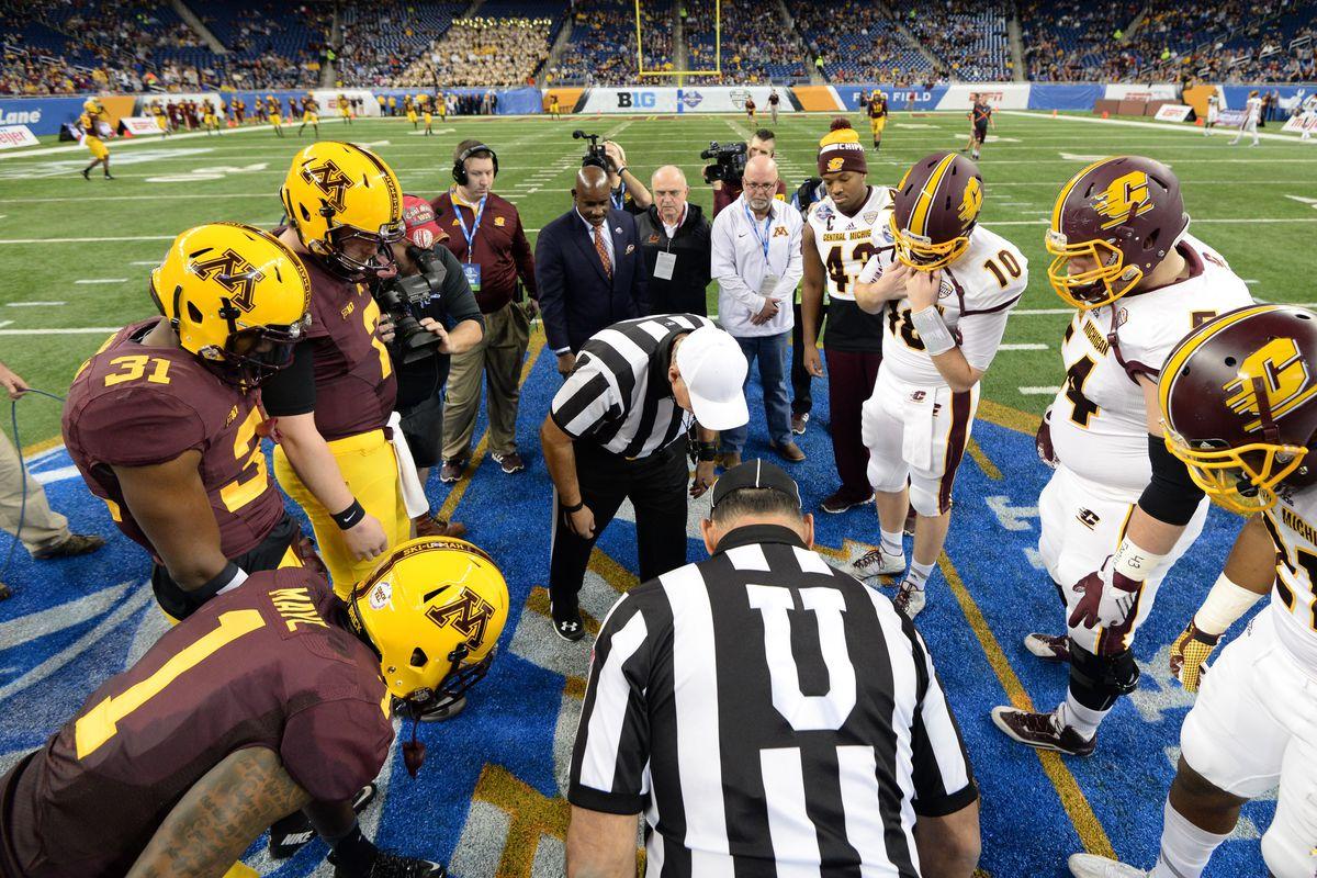 Quick Lane Bowl - Central Michigan v Minnesota
