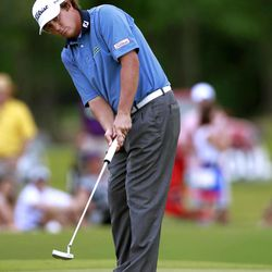 Jason Dufner putts on the ninth hole during the final round of the Zurich Classic golf tournament at TPC Louisiana in Avondale, La., Sunday, April 29, 2012.