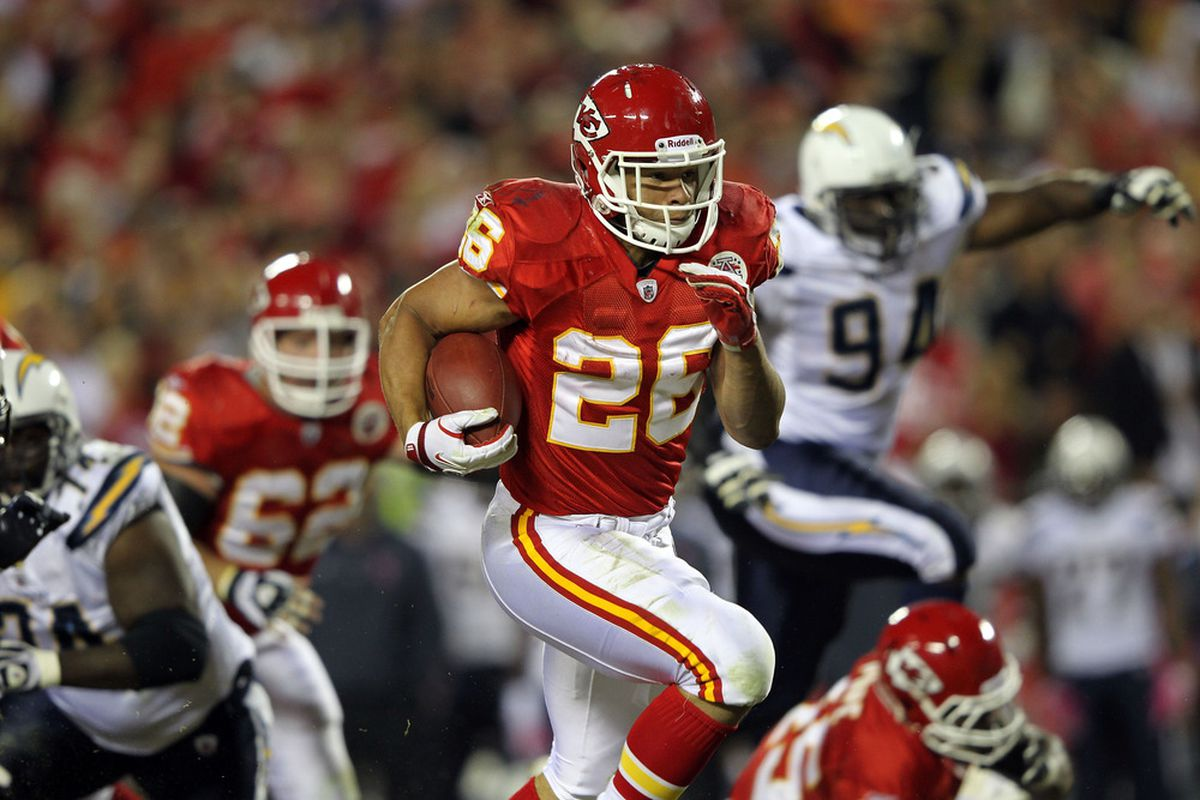 KANSAS CITY, MO - OCTOBER 31:  Jackie Battle #26 of the Kansas City Chiefs carries the ball during the game against the San Diego Chargers on October 31, 2011 at Arrowhead Stadium in Kansas City, Missouri.  (Photo by Jamie Squire/Getty Images)