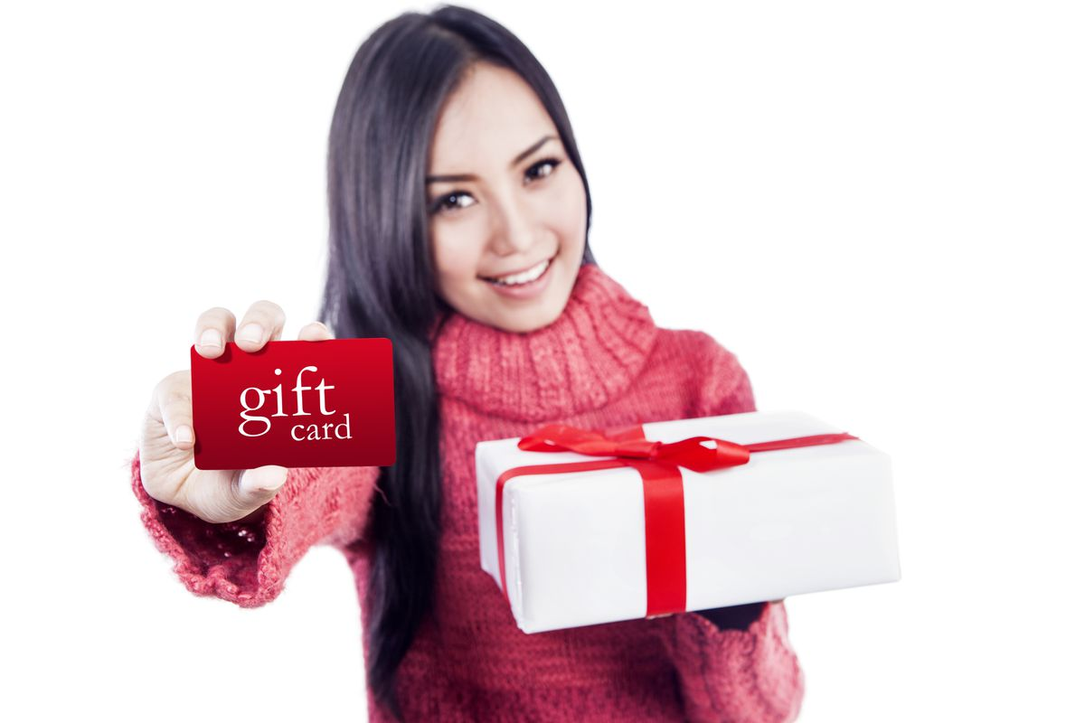 I\'m buying people gift cards for Christmas, and you should, too - Vox