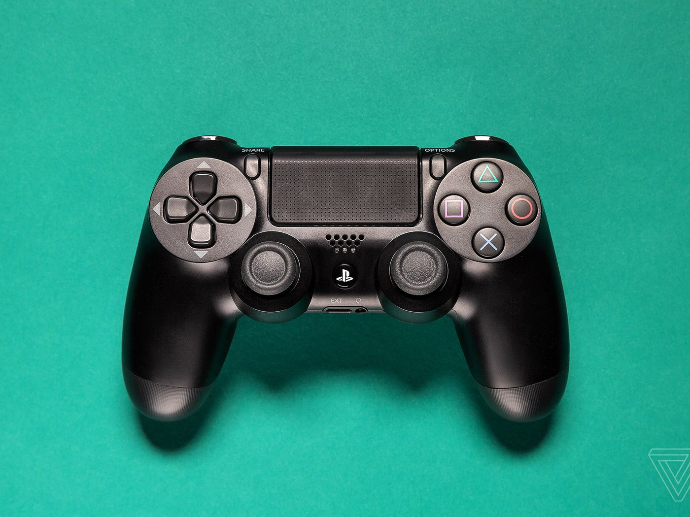 How To Pair Ps4 Or Xbox Controllers With Iphone Ipad Apple Tv Or Android The Verge