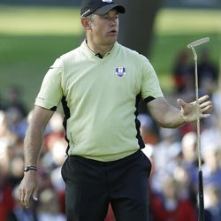 Europe's Lee Westwood reacts after missing a putt on the 14th hole during a four-ball match at the Ryder Cup PGA golf tournament Friday, Sept. 28, 2012, at the Medinah Country Club in Medinah, Ill. (AP Photo/Chris Carlson)