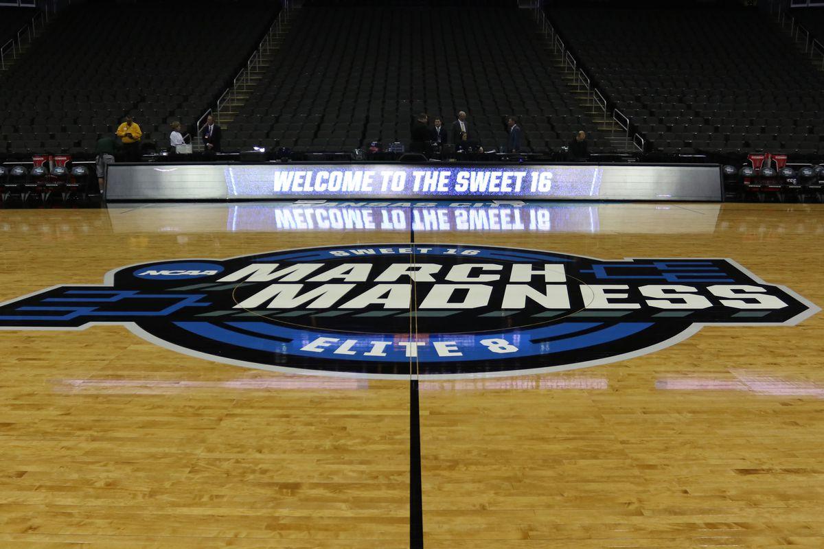 NCAA BASKETBALL: MAR 29 Div I Men's Championship - Sweet Sixteen - Auburn v North Carolina