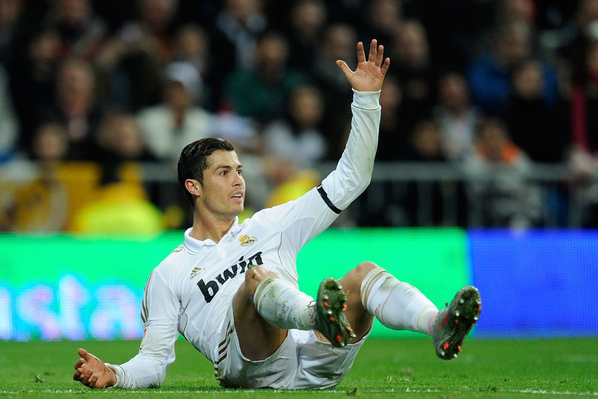 MADRID, SPAIN - JANUARY 22:  Cristiano Ronaldo of Real Madrid reacts during the La Liga match between Real Madrid and Athletic Bilbao at estadio Santiago Bernabeu on January 22, 2012 in Madrid, Spain.  (Photo by Denis Doyle/Getty Images)