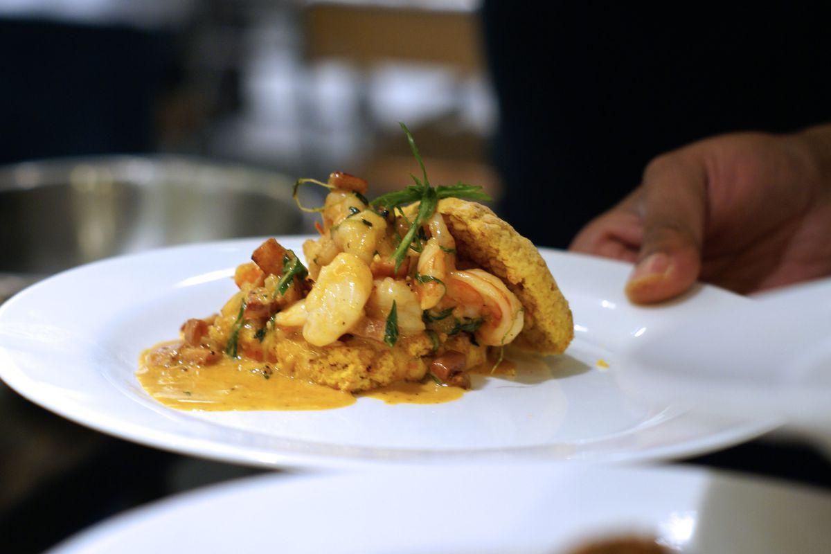 Shrimp and grits at Mulebone