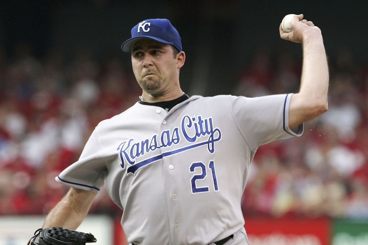 Mark Redman #21 of the Kansas City Royals delivers a pitch in the first inning against the St. Louis Cardinals on July 1, 2006 at Busch Stadium in St. Louis, Missouri.