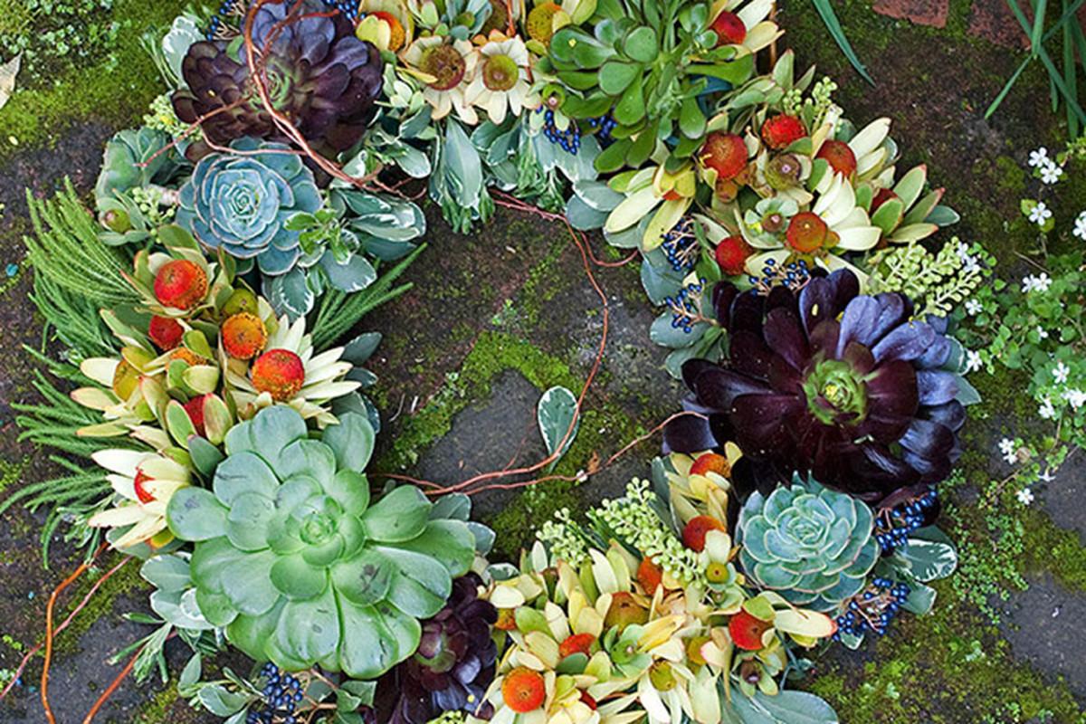 Image via The New York School of Flower Design