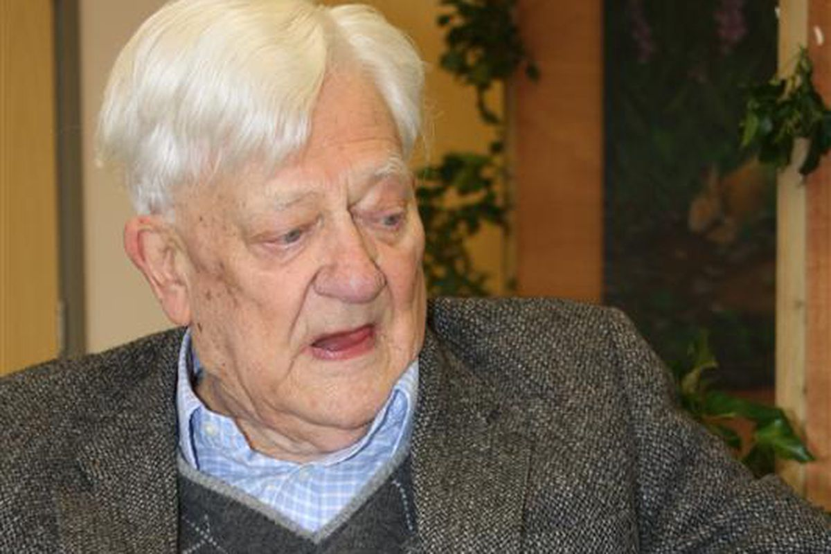Richard Adams, author of 'Watership Down', reads from his book