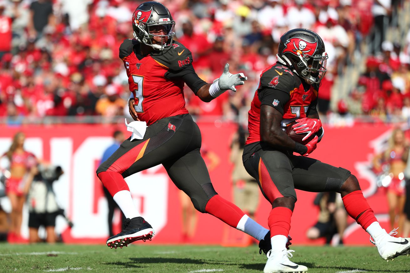 usa today 13330712.0 - Bucs underdogs at Panthers on Thursday Night Football odds