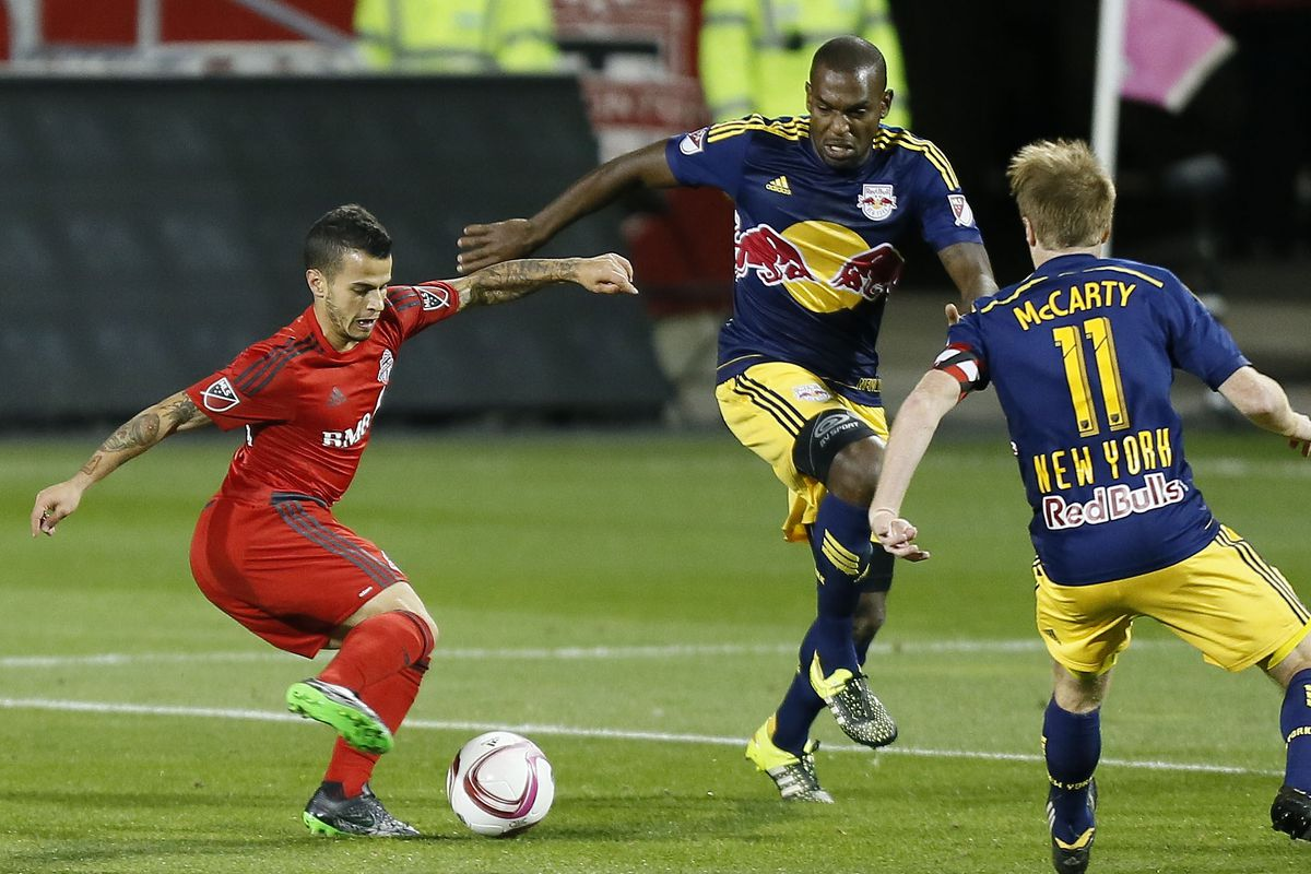 Sebastian Giovinco squares with Kei Kamara this week in a battle that could decide the Golden Boot.