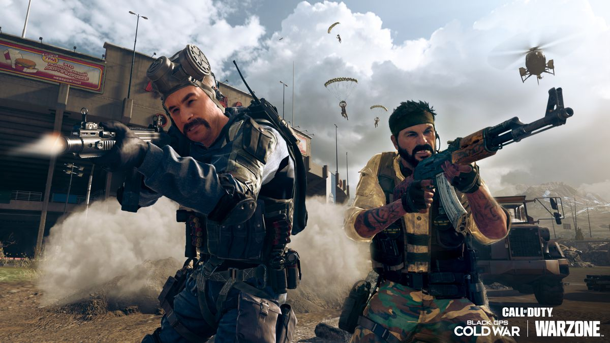 Call of Duty: Warzone players fight each other with cold war weapons on Verdansk '84