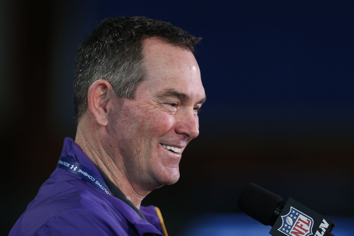 Mike Zimmer reacts to the Metrodome getting blown up.