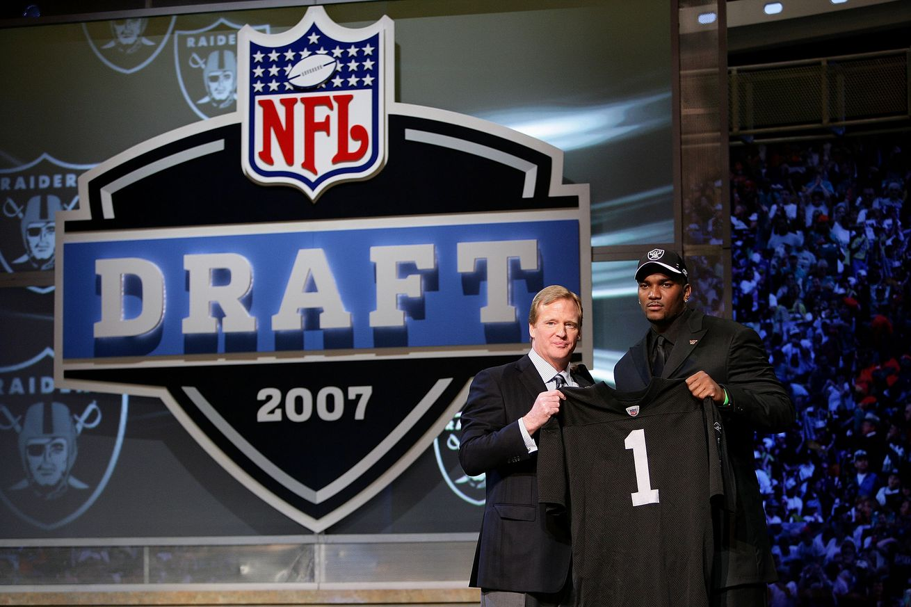 Raiders draft order after week 10: One step forward, two steps back