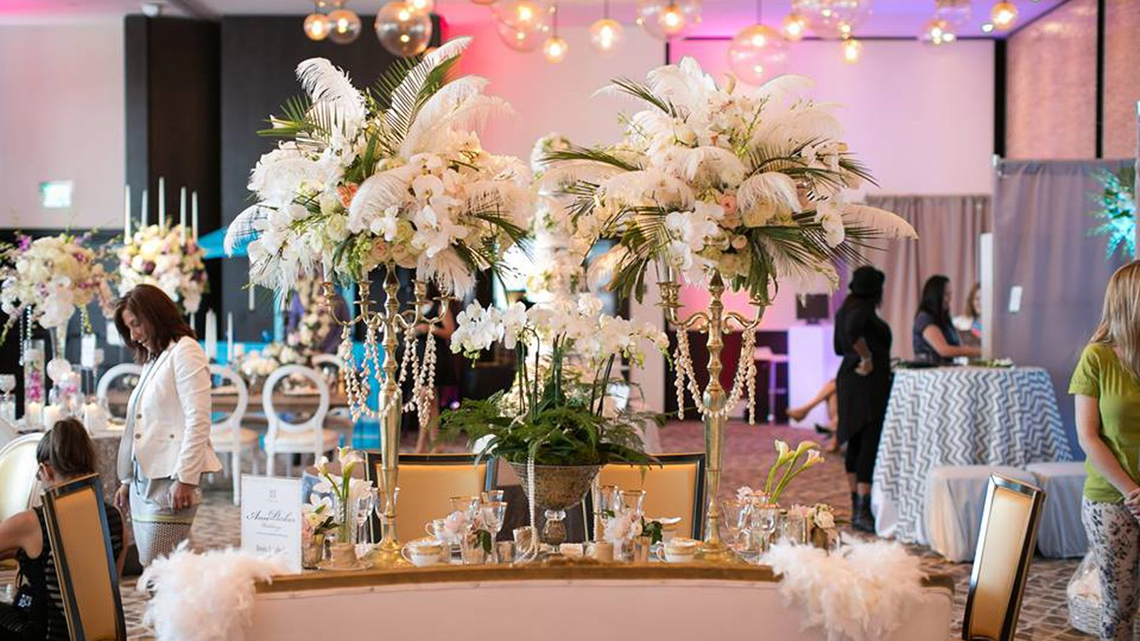 Wedding salon 39 s bridal show a jewelry pop up at the for 42nd street salon