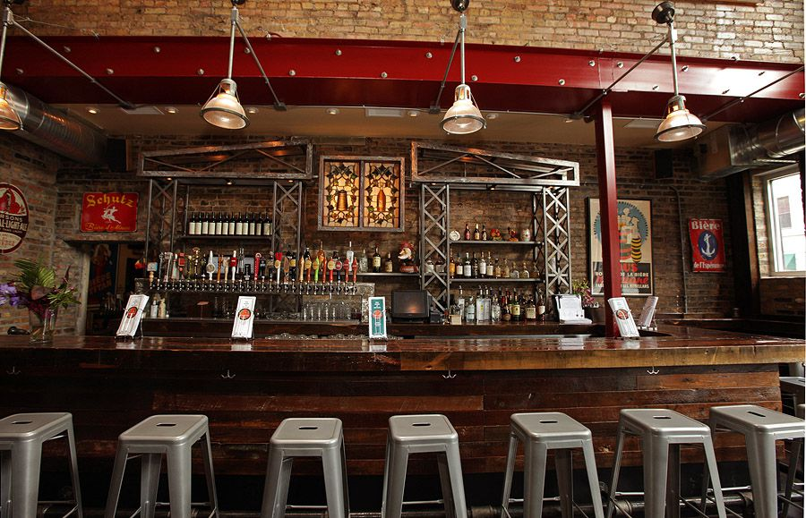 The 28 Essential Bars In Chicago Eater Chicago