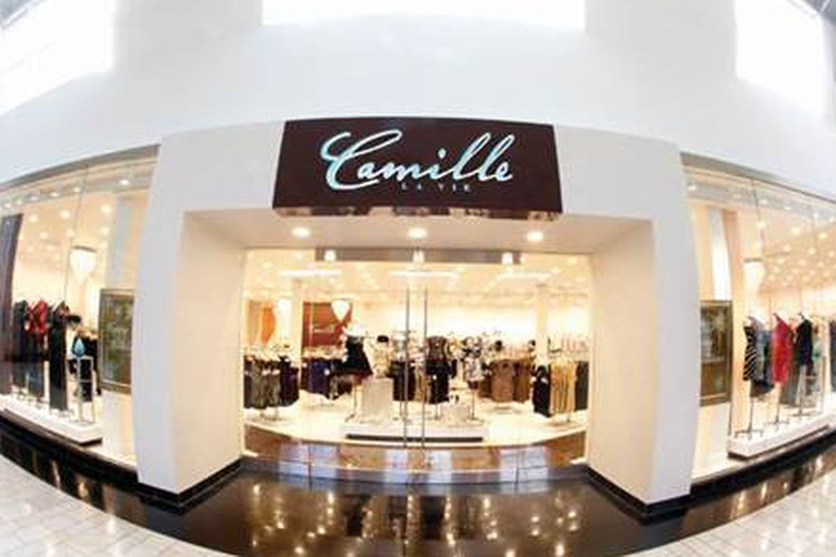 Score prom wedding and evening dresses at camille la vie for Wedding dress stores orlando fl