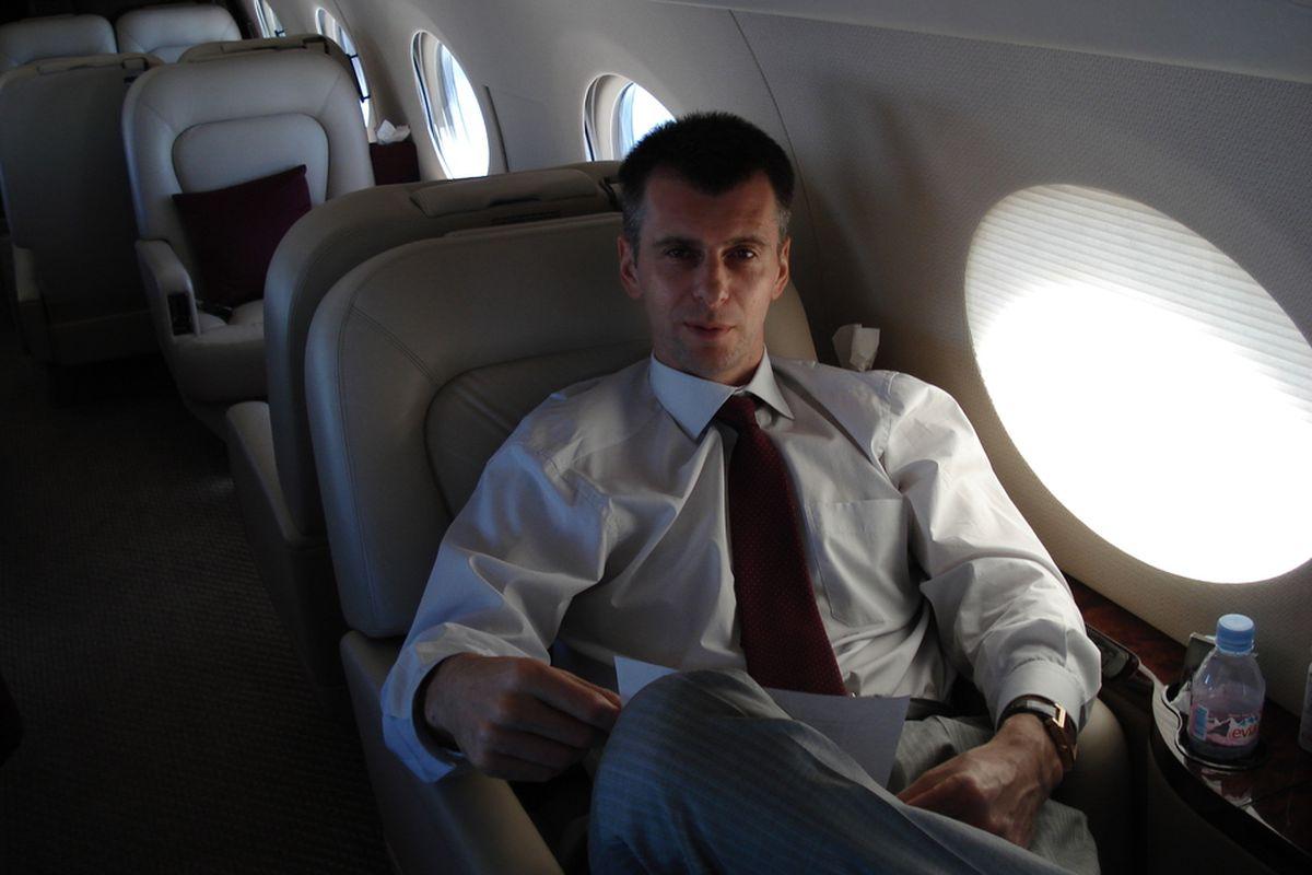 Mikhail Prokhorov on Gulfstream 3 (Onexim)