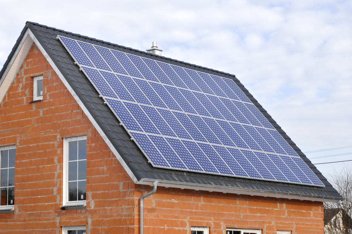 solar panels on a home under construction
