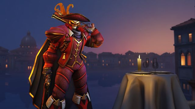 Reaper wearing a masquerade costume from Overwatch's Anniversary 2020 event