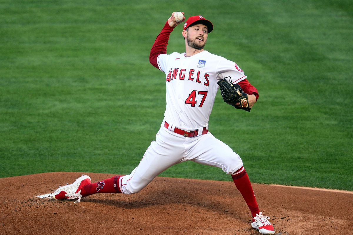 Los Angeles Angels starting pitcher Griffin Canning (47) throws against the Seattle Mariners during the first inning at Angel Stadium.