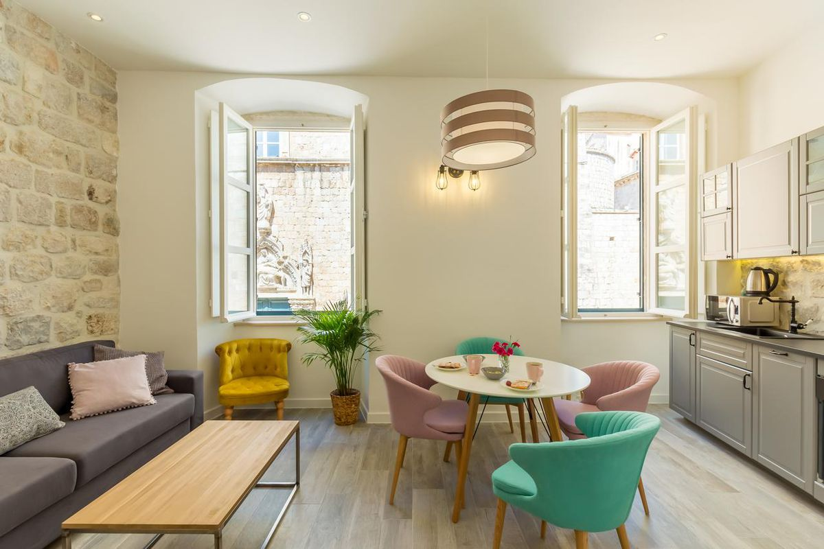 The 8 best alternatives to Airbnb - Curbed