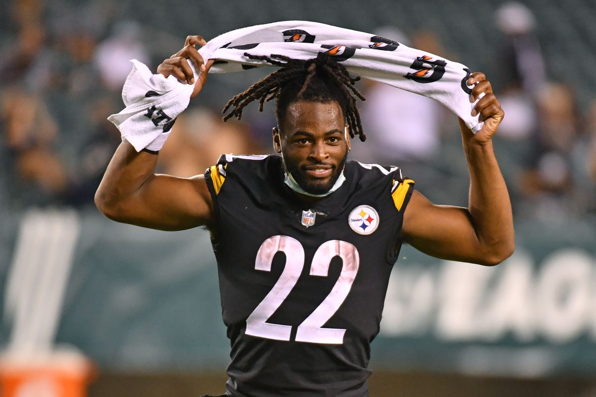Pittsburgh Steelers running back Najee Harris (22) runs off the field after defeating the Philadelphia Eagles at Lincoln Financial Field.