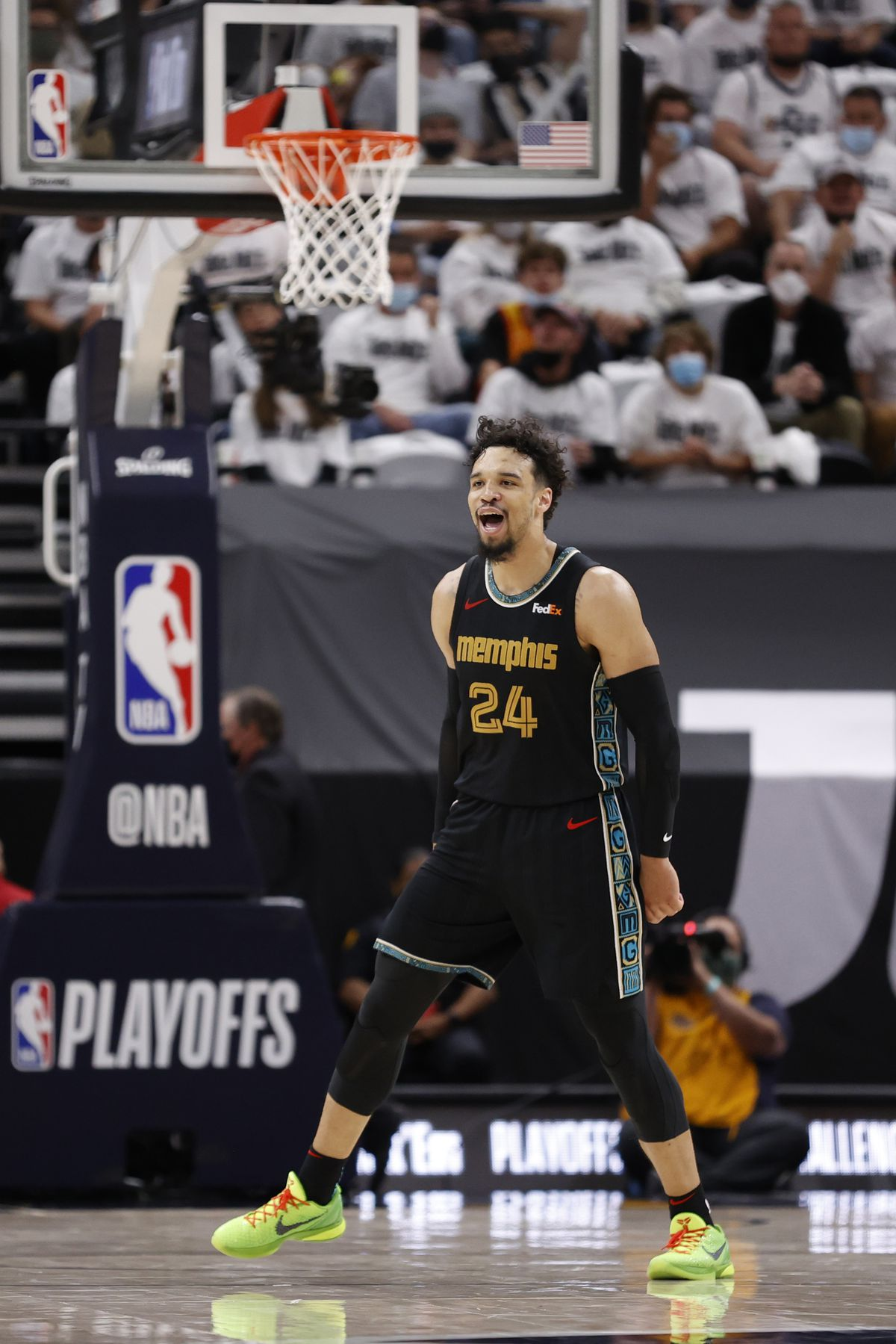 Memphis Grizzlies v Utah Jazz - Game One