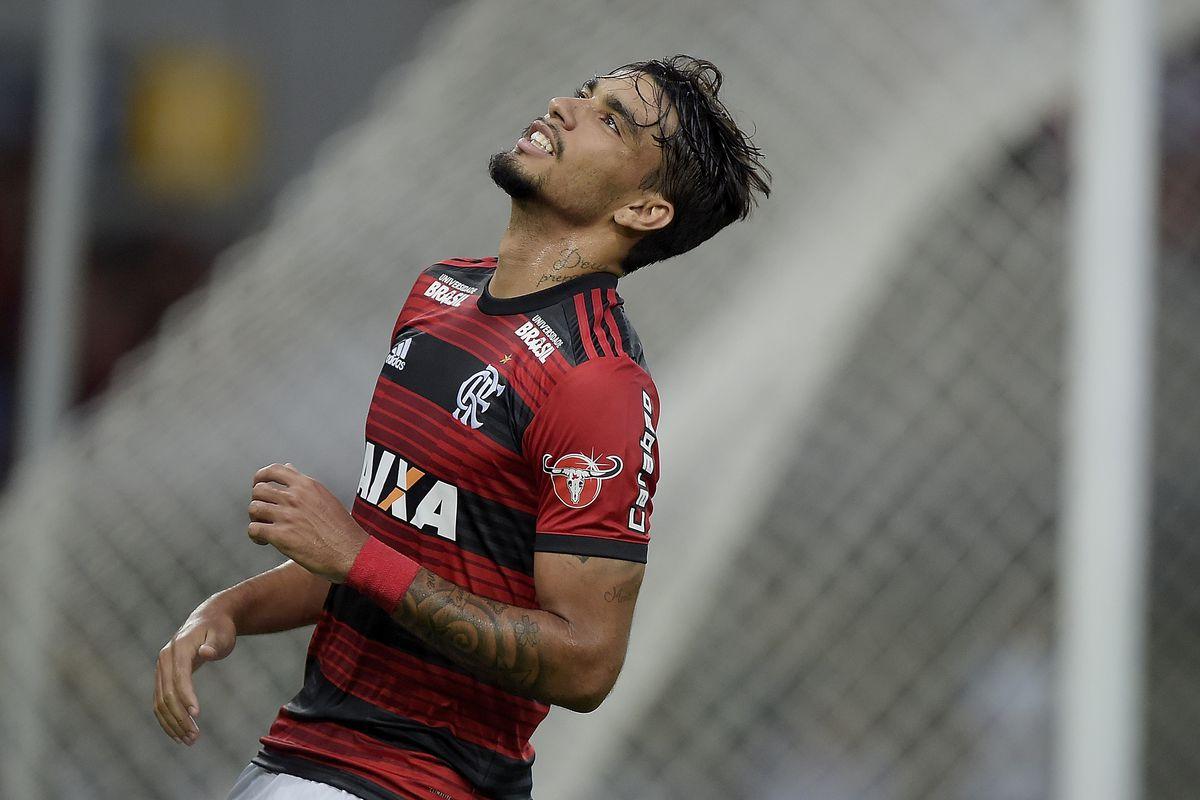 Flamengo v Atletico PR - Brasileirao Series A 2018