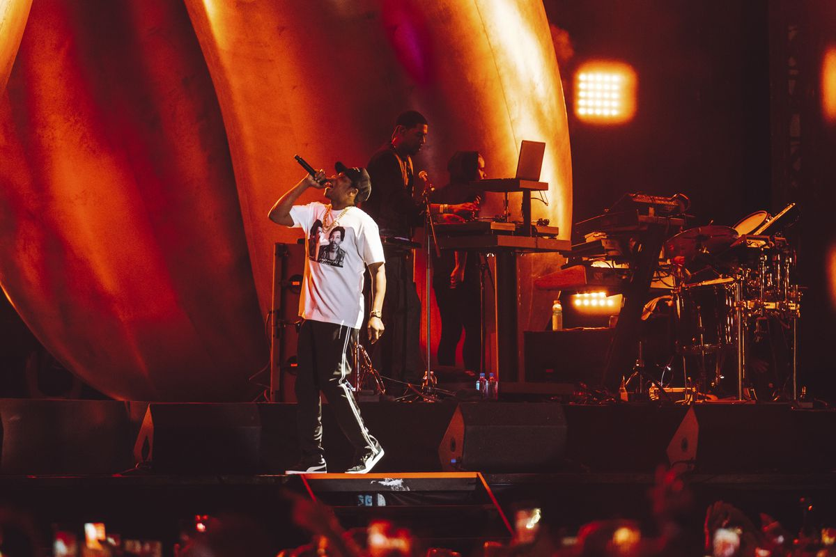 Jay Z performing at ACL Festival, 2017