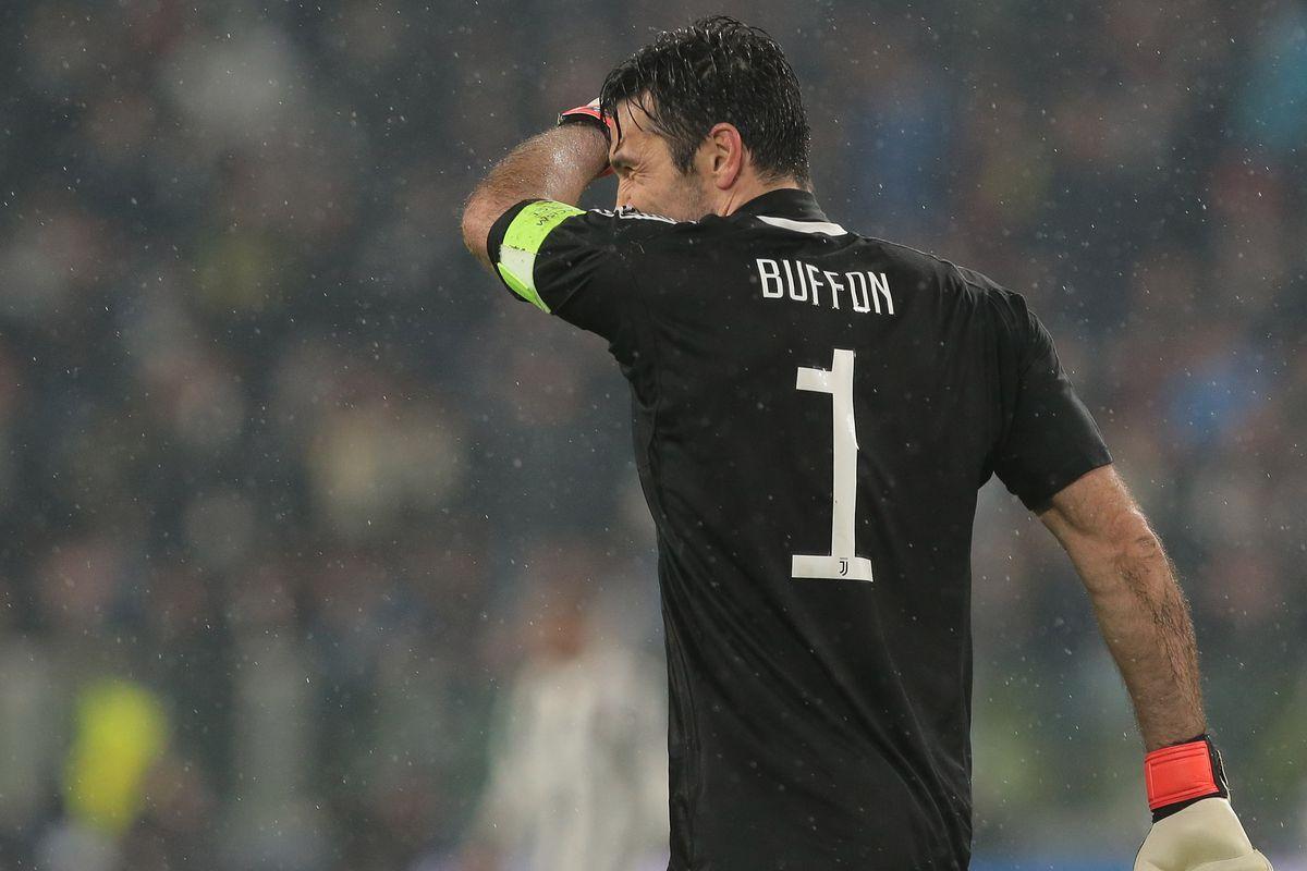 f169931f047 Cristiano Ronaldo downs Juve in Turin - Black   White   Read All Over