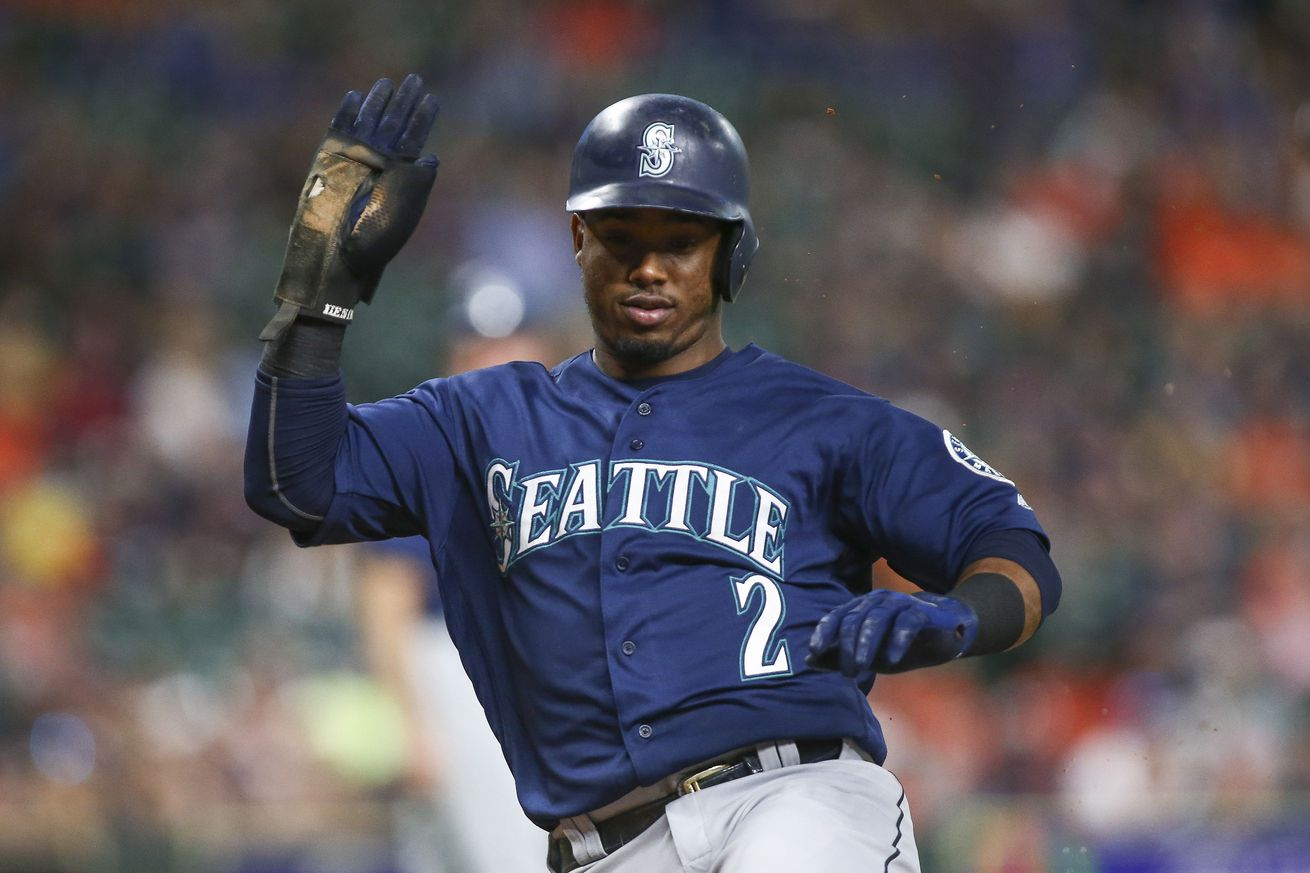 The Mariners sell-off continues as Jean Segura is headed to the Phillies, per report