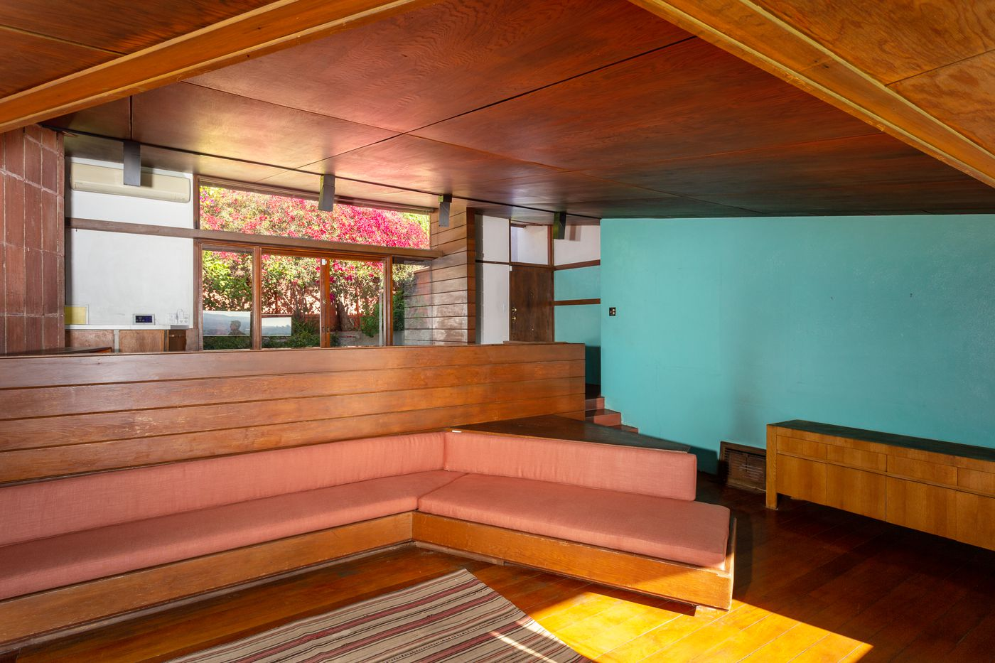 John Lautner's former Silver Lake home on the market for $1.6M ...