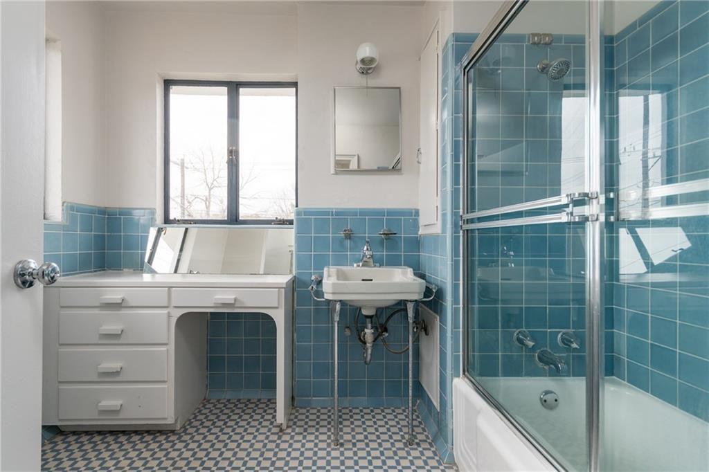 Austin S Beloved Streamline Moderne Mcfarland House Is For Rent Curbed Austin