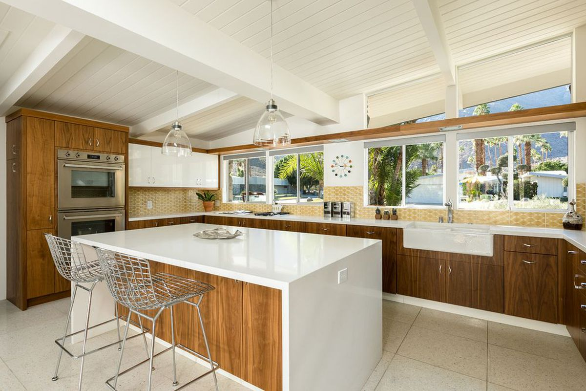 20 charming midcentury kitchens, ranked from virtually untouched to ...