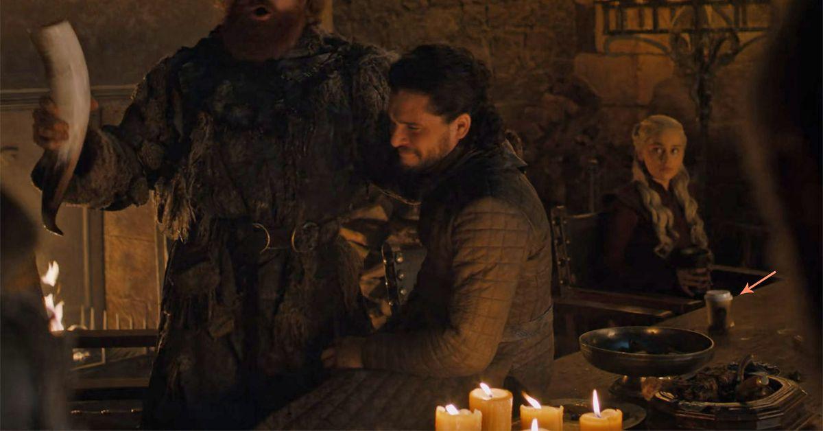 Game Of Thrones has Starbucks Coffee Blooper